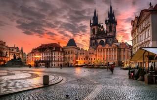 15 TEMMUZ Prag Türk Hava Yolları 3 Gece
